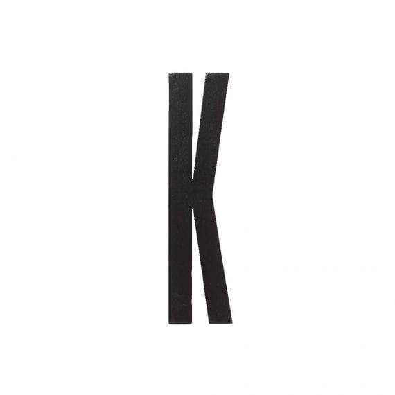 אות K מעץ שחור