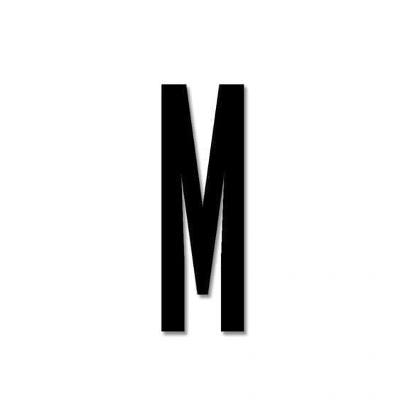 אות M אקרילי שחור
