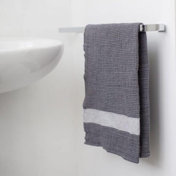 טקסטיל מעוצב לבית - מגבת ידיים מפיקה - אפור לבן