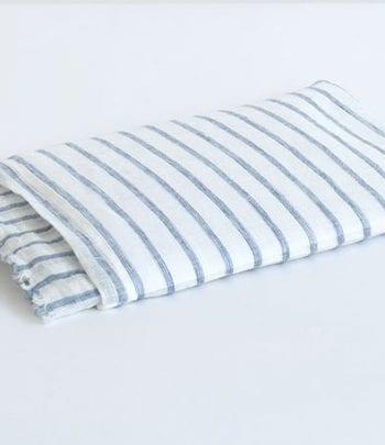 צעיף פשתן פסים כחול לבן