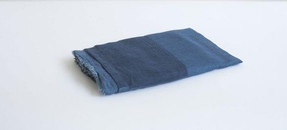 צעיף פשתן משולב כחול\כחול כהה