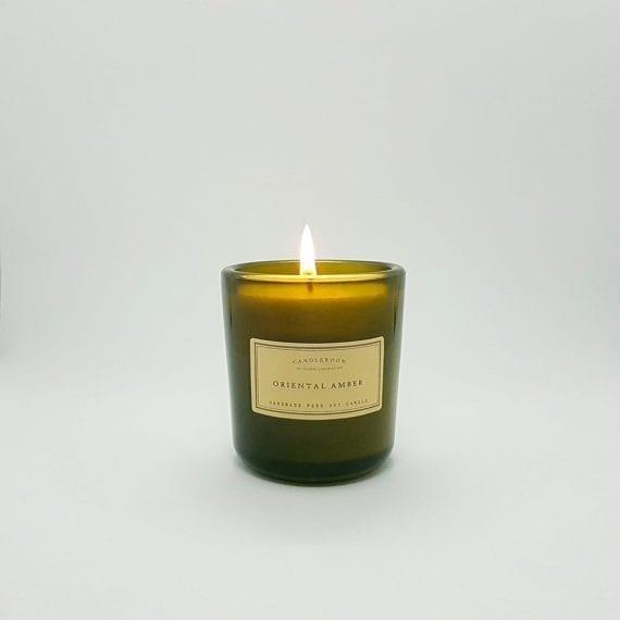 נרות ריחניים - שעוות סויה - אוריינטל אמבר
