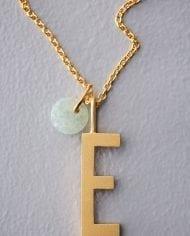 שרשרת זהב אות E