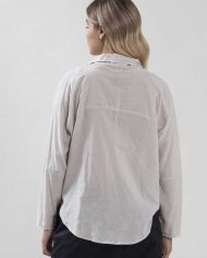 HILA FEINBERG הלה פיינברג FW21 חולצה מכופתרת אבן (5)
