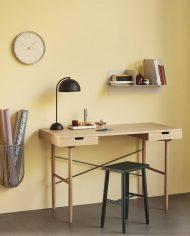 שולחן כתיבה מעץ אווירה